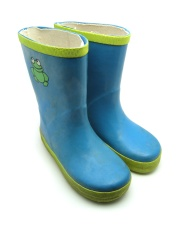 How can I reuse or recycle … old wellies?