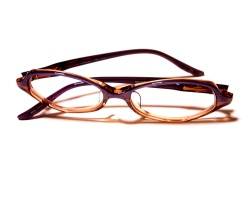 How can I reuse or recycle old glasses/spectacles?