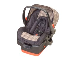 How can I reuse or recycle a damaged children's car seat?
